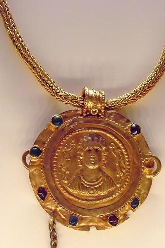 New Gold Necklace Designs In Sri Lanka