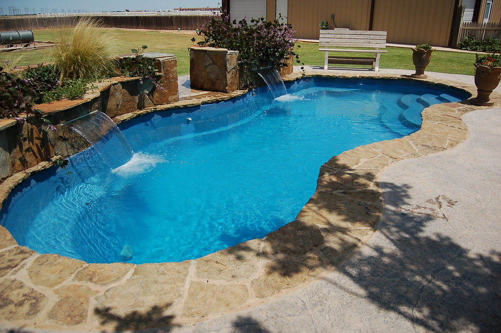 Laguna 53a viking pools free form design shorties i for Pool design free