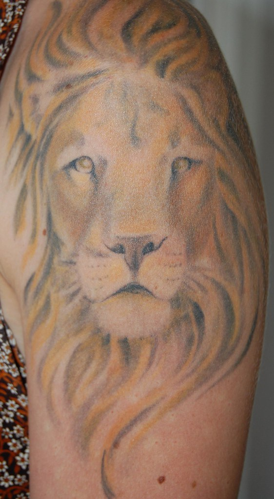 Lion head tattoo kellyschwarz flickr for Lion head tattoo