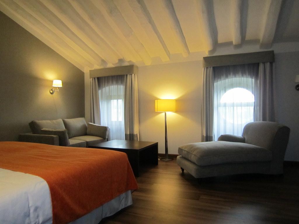 Habitaciones abuhardilladas hotel termas 4 una atm sf flickr - Habitaciones abuhardilladas ...