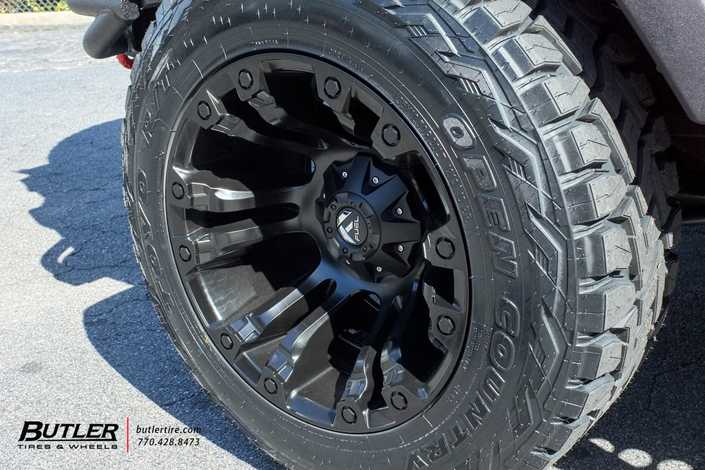 jeep wrangler with 20x12 fuel vapor wheels and toyo open c flickr