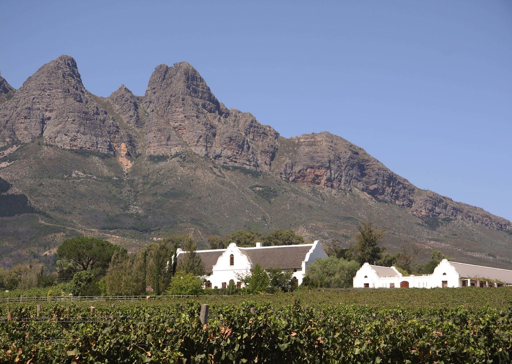 Wine estate in wellington western cape south africa for Jardin winery south africa