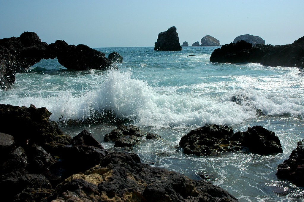 The arch wave, islands, rocks, Pacific Ocean and South Mazatlan, Sinaloa, Mexico