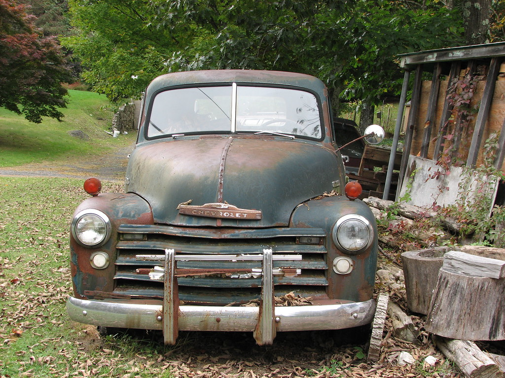 AN OLD CHEVY TRUCK IN SEP 2009 | A 1948-50 Chevy truck. | Flickr