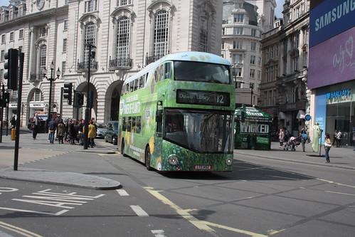 London Central LT452 LTZ1452