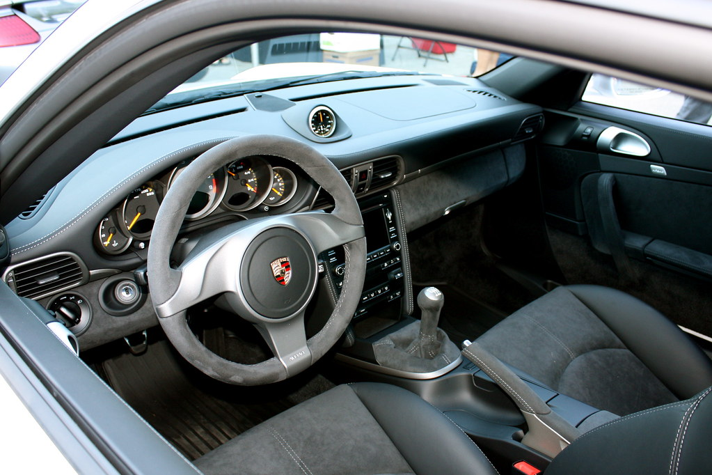 2010 porsche 911 gt3 interior. Black Bedroom Furniture Sets. Home Design Ideas