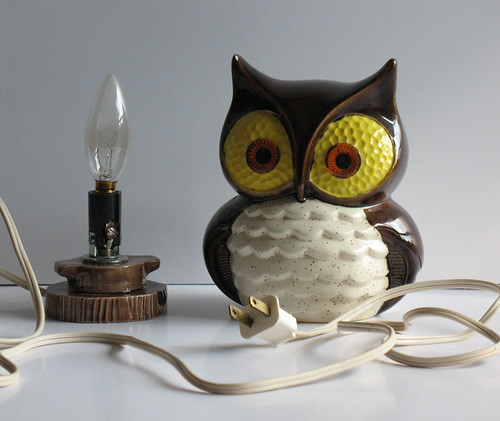 Vintage Hand Painted Ceramic Owl Lamp Too Much Cute