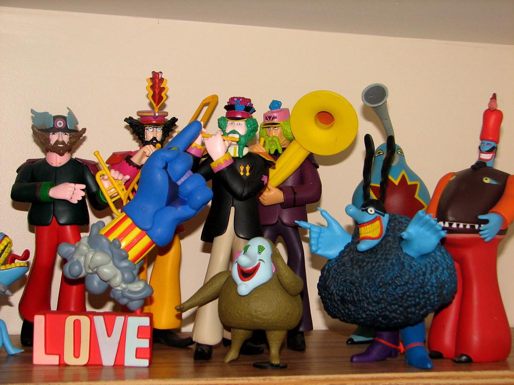 Beatles Yellow Submarine Toys 69