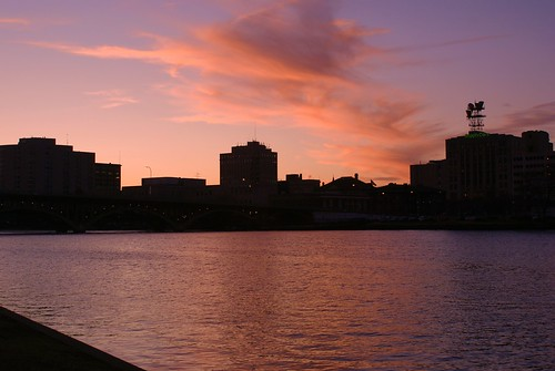Urban Sunset - Rockford, Illinois | by chumlee10