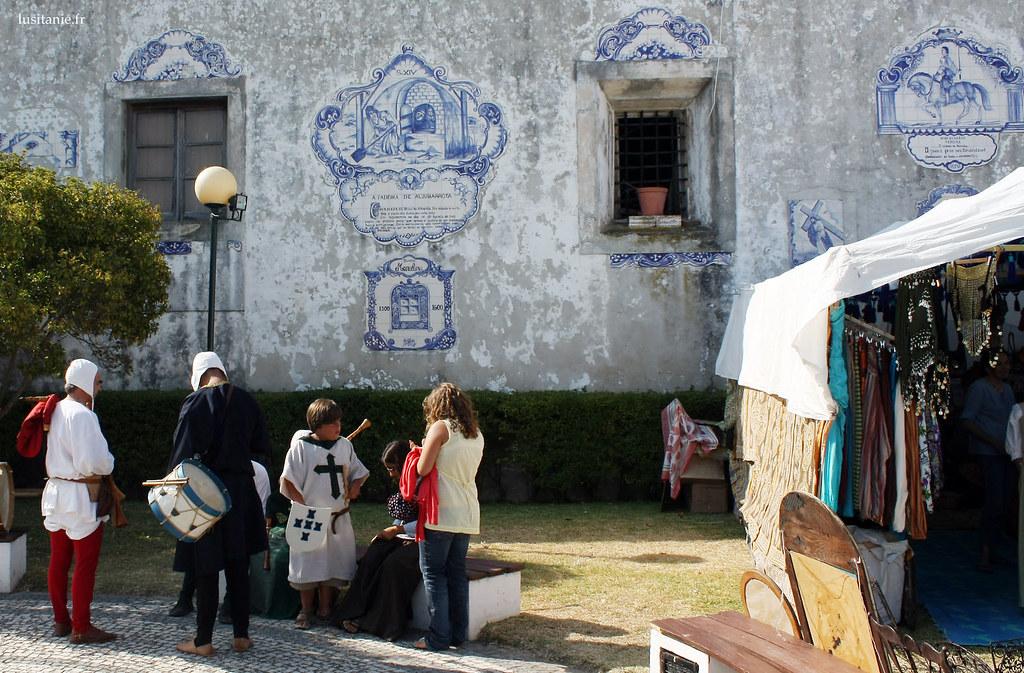 Azulejos retraçant l'histoire de Aljubarrota