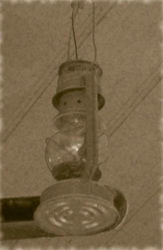 lumang lampara (old lamp) | lumang lamaparasa aming kisame ...