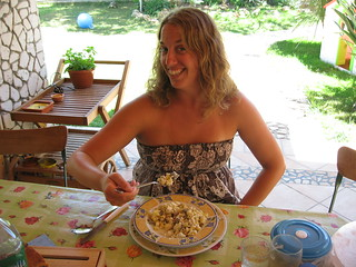 "Kate Enjoying ""Pasta con ricotta e fave"" 