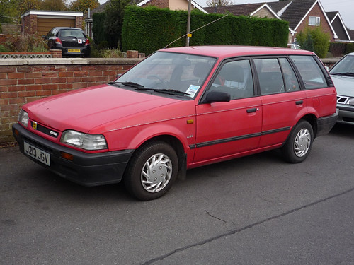 1991 92 Mazda 323 Estate With Facelifted Front End As