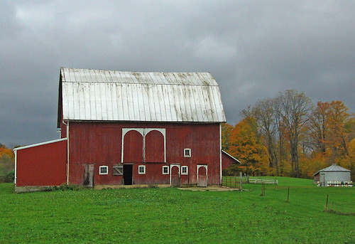 Indiana Barn in Autumn | by budderflyman