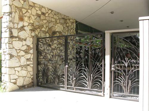 Gate To Interior Courtyard Shepard Garden Arts Center Flickr