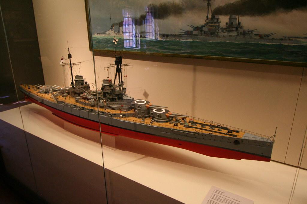 Maritimes Museum Hamburg - SMS Hindenburg der Kaiserlichen ...