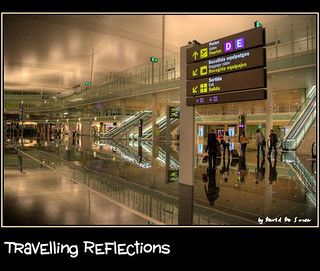 Reflejos Viajeros / Travelling Reflections | by Far & Away (On assigment, mostly off)