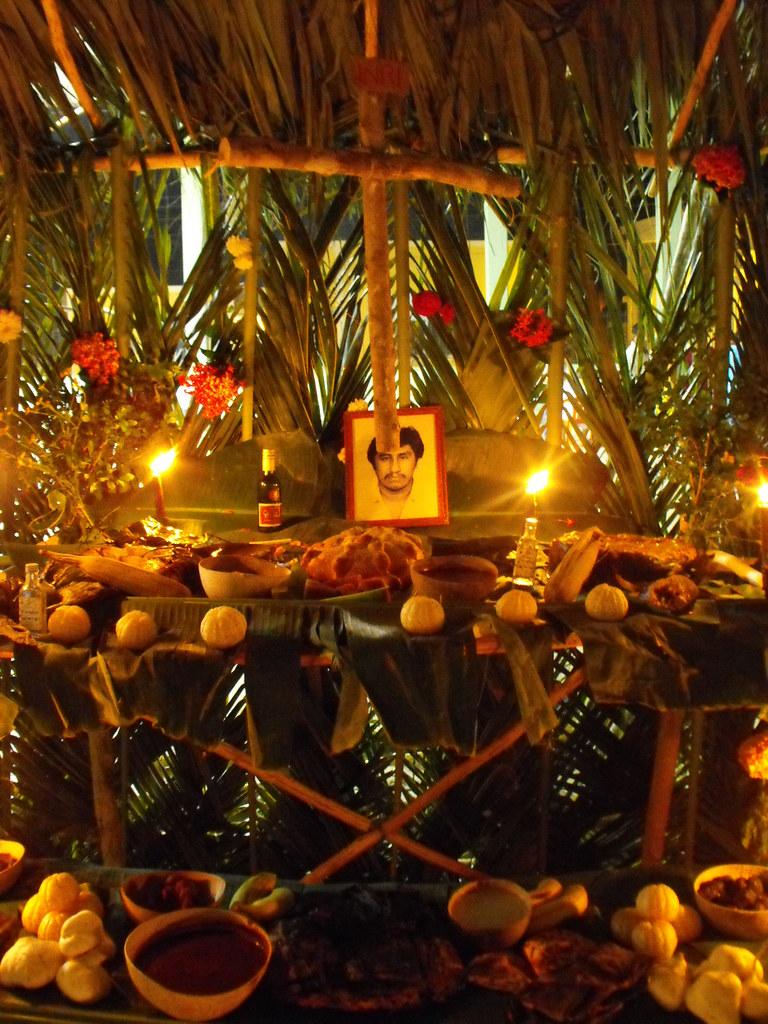 Altar De Muertos En El Sureste Mexicano Desde La 233 Poca