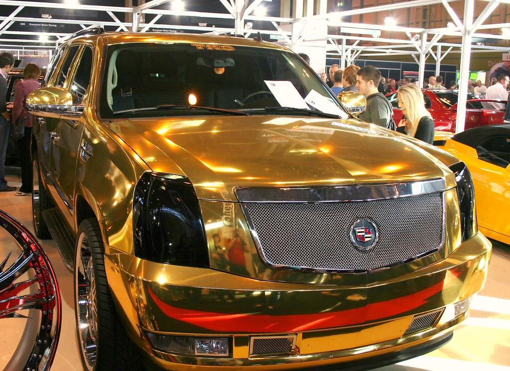 Cadillac Escalade In Gold Cadillac Escalade In Gold Plat Flickr