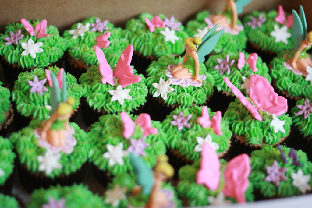 Tinkerbell Cupcakes Tinkerbell Cupcakes Strawberry Cake