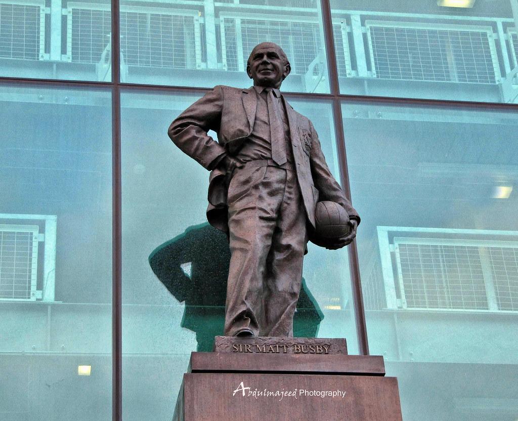 نتيجة بحث الصور عن sir matt busby statue