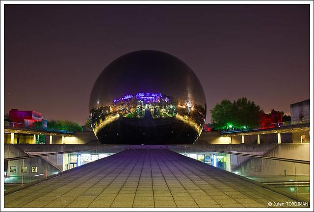 La Géode | La Géode (Parc de la Villette - Paris, France ...