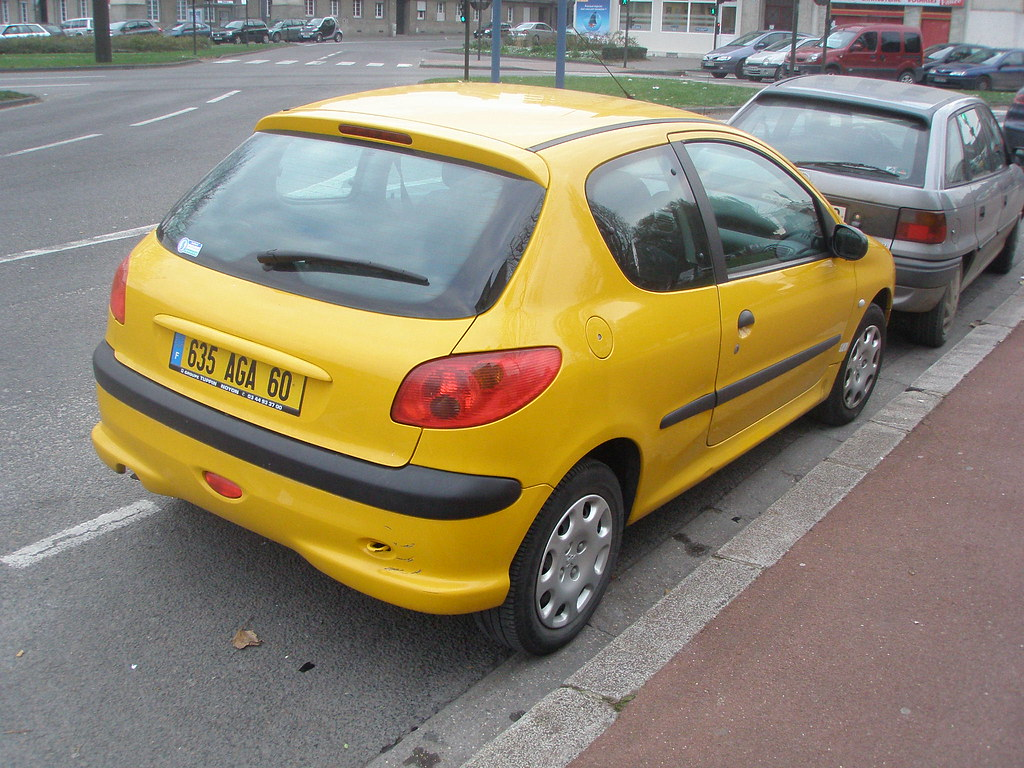 peugeot 206 jaune gueguette80 d finitivement non voyant flickr. Black Bedroom Furniture Sets. Home Design Ideas