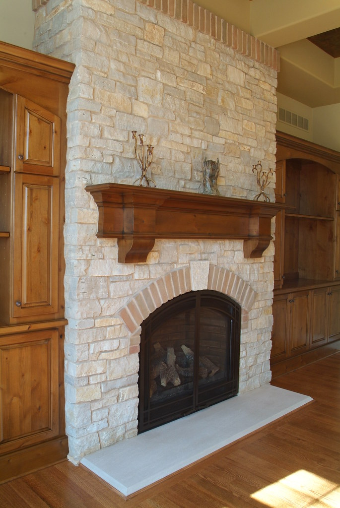 Fond Du Lac Cambrian Blend This Fireplace Uses Buechel