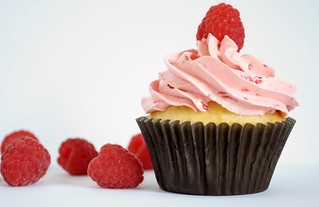 Raspberry cupcake | by Sugar for the Brain