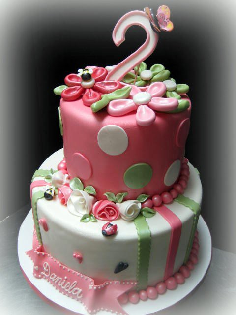 Cake Ideas For 2nd Birthday Girl : Daniela s 2nd birthday cake, fondant Choux Designer ...