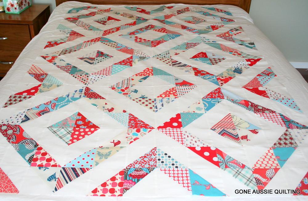 Red and Aqua Half Square Triangle Quilt | goneaussiequilting… | Flickr : half square triangle quilt - Adamdwight.com