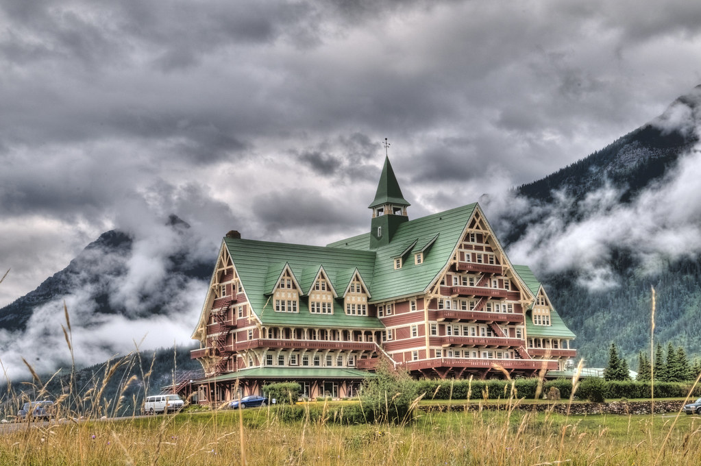 Forest Lake Hotel