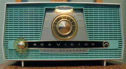 1959 RCA Victor Dual Speaker Filteramic Tube Radio | by Roadsidepictures