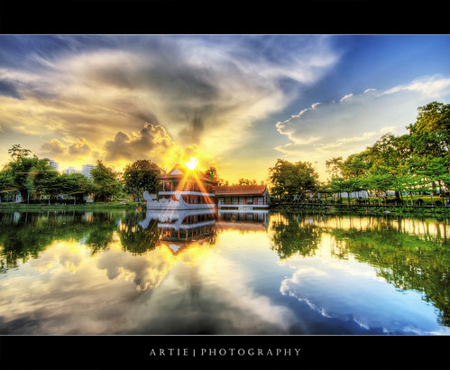 Sunset @ Chinese Garden, Singapore :: HDR | by :: Artie | Photography :: Happy 2016 !