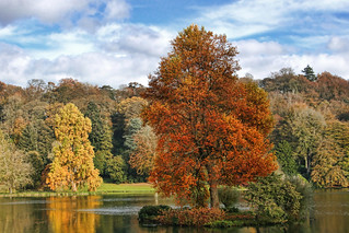 Autumn at Stourhead | by sminky_pinky100 (In and Out)