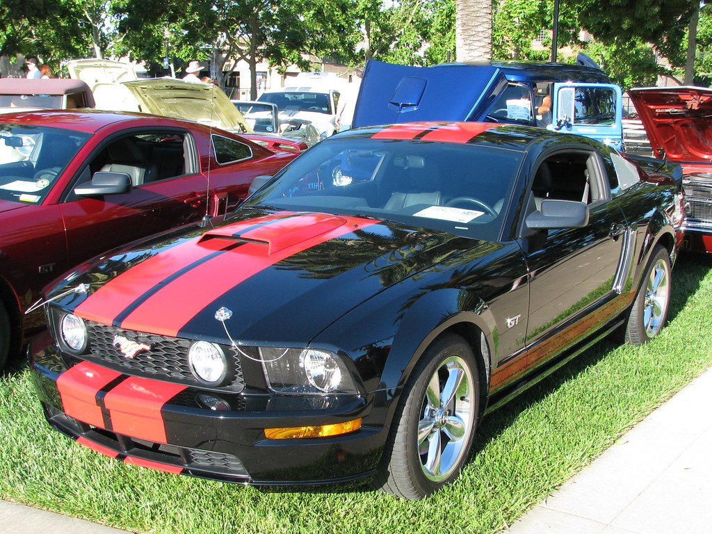 2006 ford mustang gt deluxe coupe 4 6l v8 manual. Black Bedroom Furniture Sets. Home Design Ideas