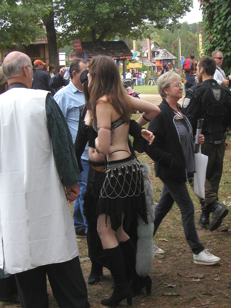 how to get a job at the renaissance festival