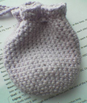 Crochet Round Pouch : ROUND POUCH PATTERN Patterns For Pinterest