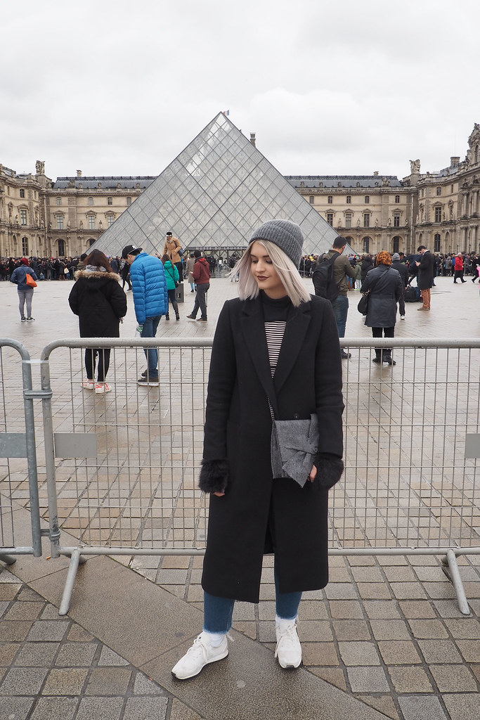 The Louvre Outfit