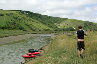 Coracle, Canoes and Wild Eating in Sussex | by The Hungry Cyclist
