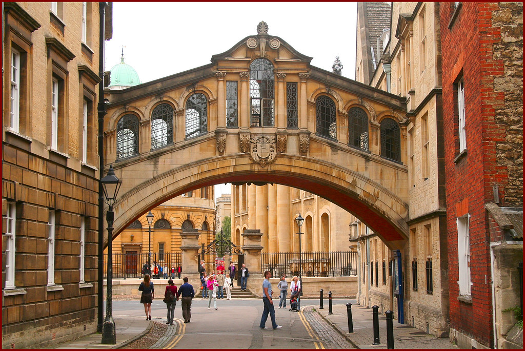 Oxford S Bridge Of Sighs Officially Known As The