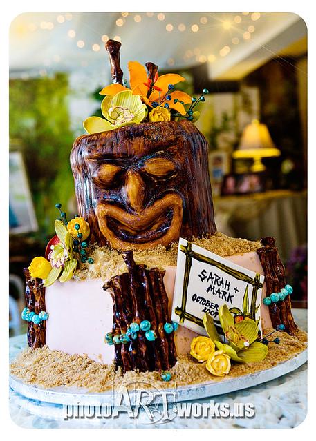 tiki luau bridal shower cake by johnniekake