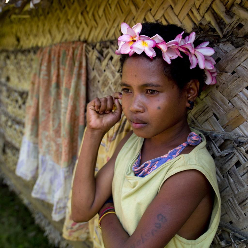 Trobriand Girl - Papua New Guinea  Trobriand Islands Aka -9425