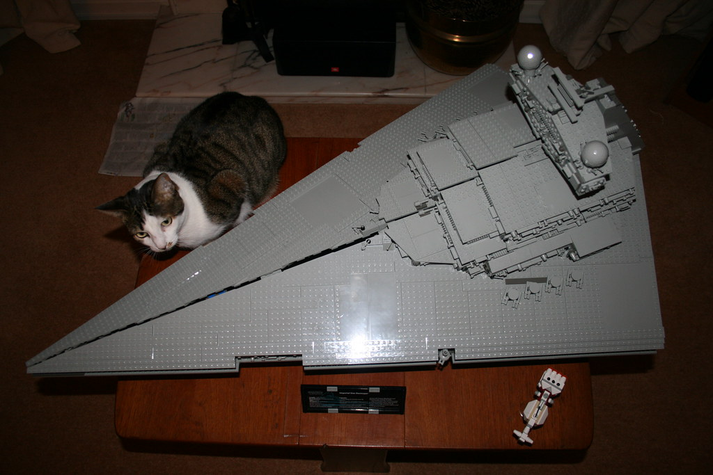 Lego 10030 Imperial Star Destroyer Living Room