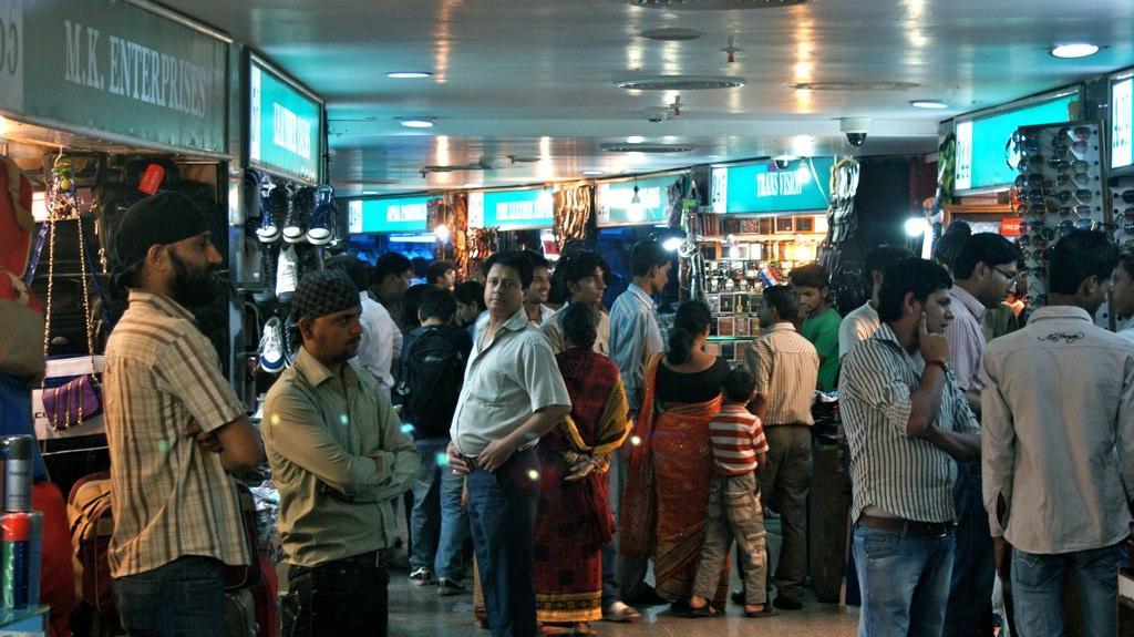 Palika Bazaar tourist places in Delhi