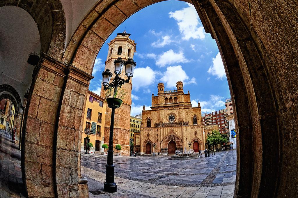 Vista de la plaza mayor de castell n de la plana fisheye flickr - Muebles en castellon dela plana ...