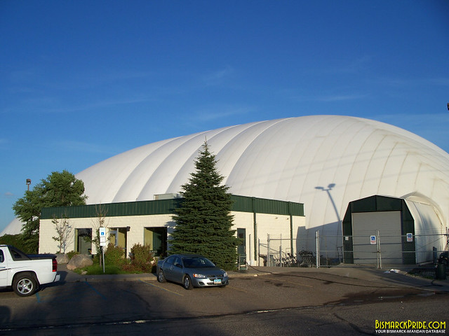 Fore Seasons Golf Dome Pebble Creek Golf Course In Bisma