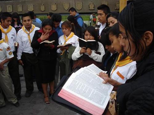 Matrimonio Leyendo La Biblia : Leyendo la biblia tijuana baja california méxico