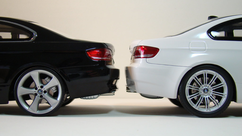 bmw 330i x bmw m3 e92 diecast 1 18 scale by kyosho flickr. Black Bedroom Furniture Sets. Home Design Ideas