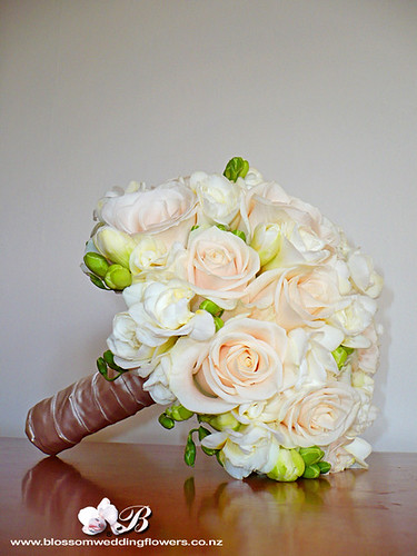 cream rose freesia bridal bouquet bridal posy of cream ven flickr. Black Bedroom Furniture Sets. Home Design Ideas